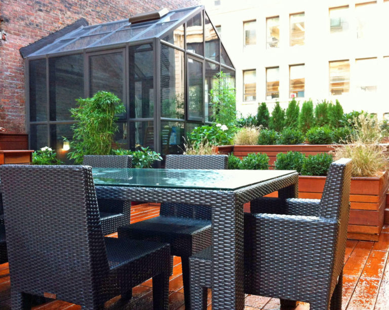 Gramercy Park Custom Roof Deck Design outdoor dining
